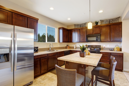 Which Color Can Match Best With The Brown Cabinets In Your Kitchen Here Are 15 Colors