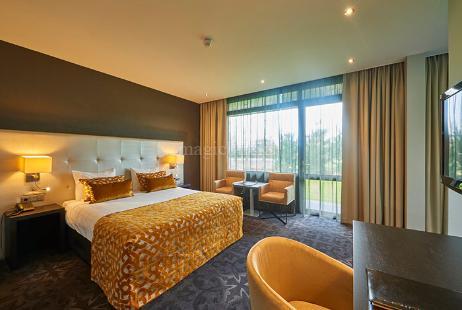 Buy 3 Bhk Flat Apartment In Parx Laureate Sector 108 Noida 3205 Sq Ft