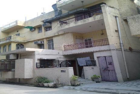 Dda pocket b in ashok vihar phase 2 new delhi magicbricks for Dda new project in delhi