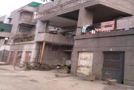 Dda bu sfs flats in pitampura new delhi magicbricks for Dda new project in delhi