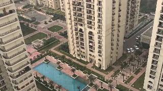 4bhk Multiy Apartment For Rent In Dlf Capital Greens At Moti Nagar Kirti