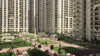 3bhk Multiy Apartment For Rent In Dlf Capital Greens At Moti Nagar Kirti