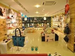Shops For Rent in Bandra East, Mumbai