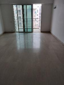 Buy 5 BHK Flat/Apartment in Common Wealth Games Village