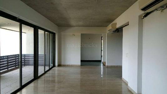 Buy 4 BHK Flat/Apartment in Gala Laxuria South Bopal
